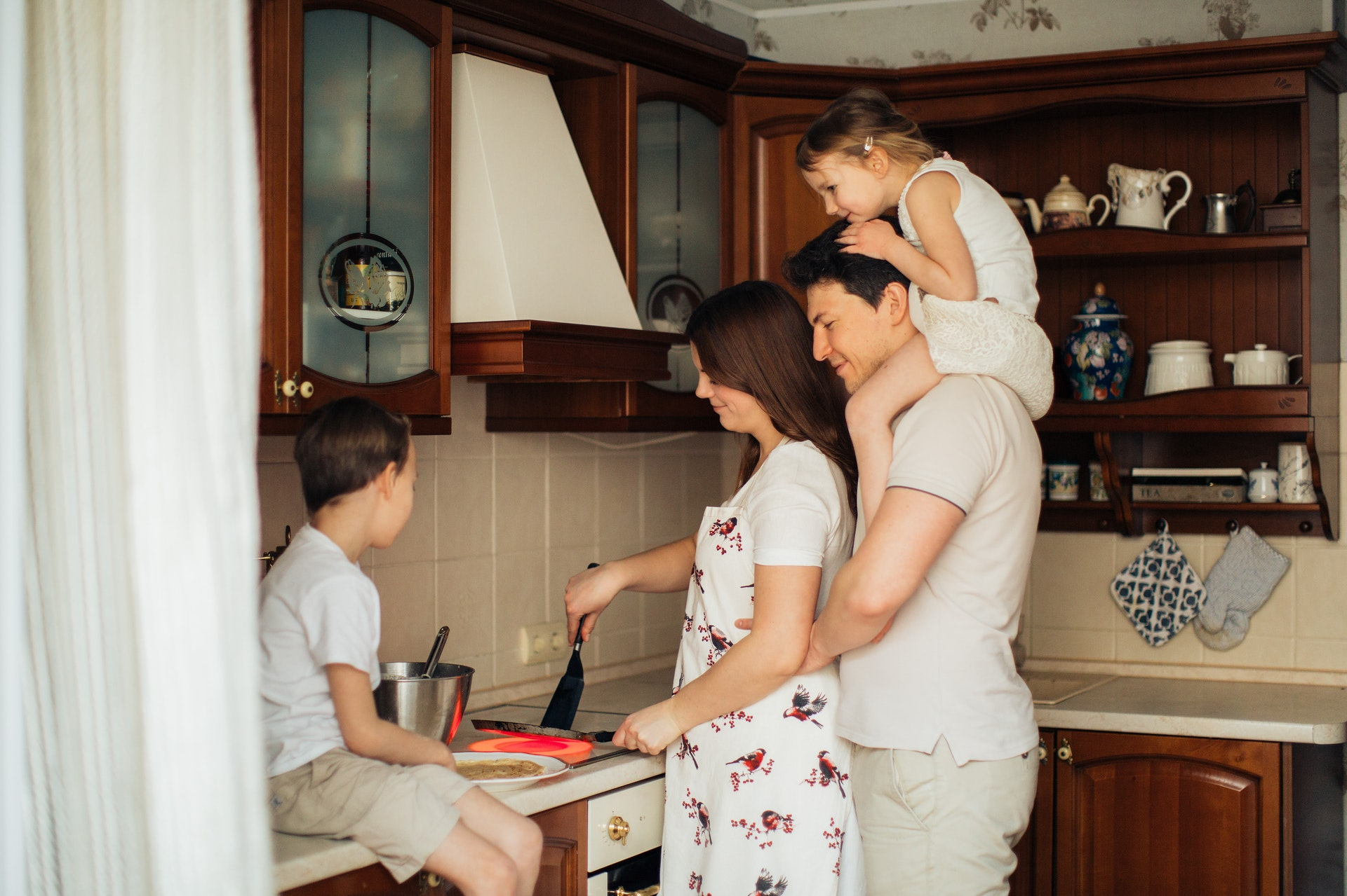 Things families do together at home